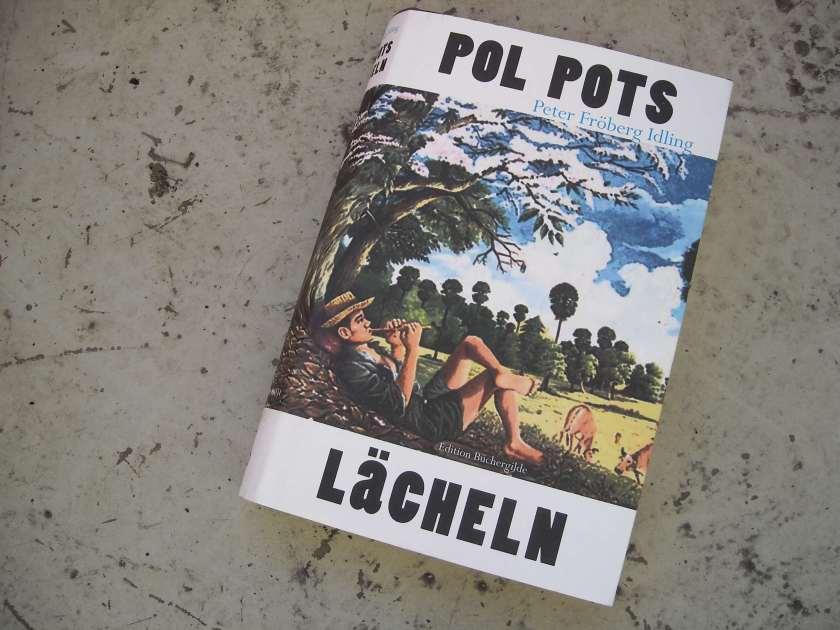 Pol Pots Lächeln, Reportage von Peter Fröberg Idling (photo cc by nc Oskar Piegsa)